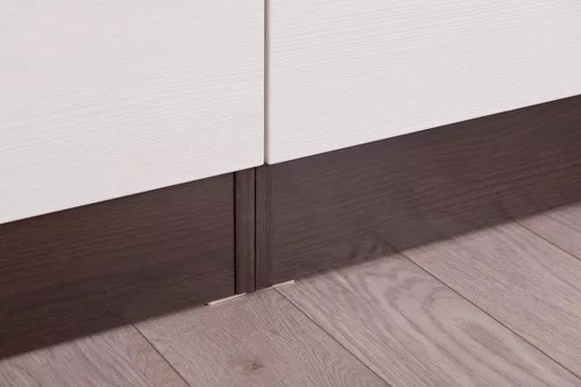 Kuchyně Nina - 220x160 dekor tmavý dub + woodline creme detail