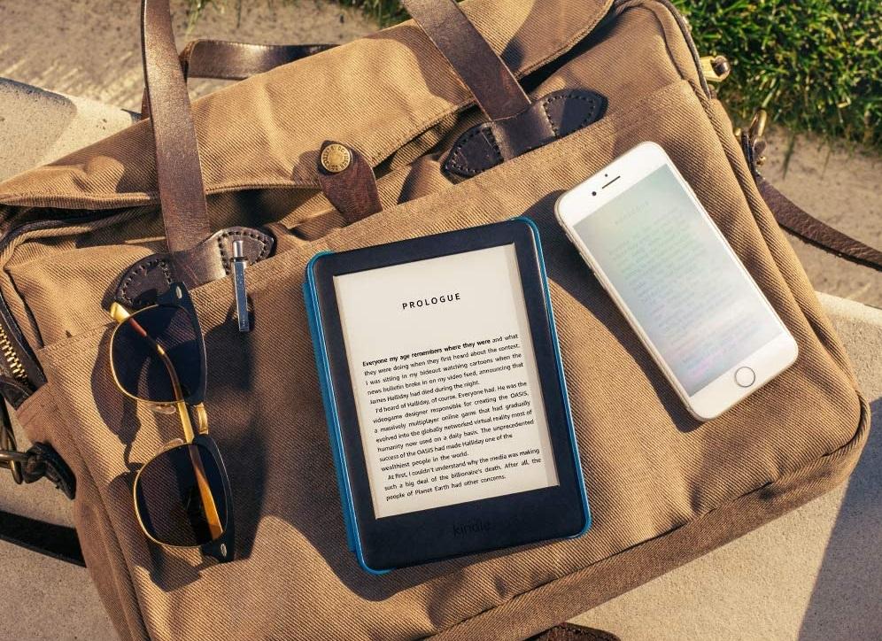 """Čtečka knih Amazon Kindle 2020, 8 GB, 6"""", podsvícená, bílá"""