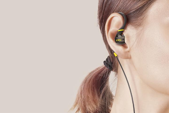 TCL ACTV100WT sportovní sluchátka do uší, drátová, mikrofon,bílá