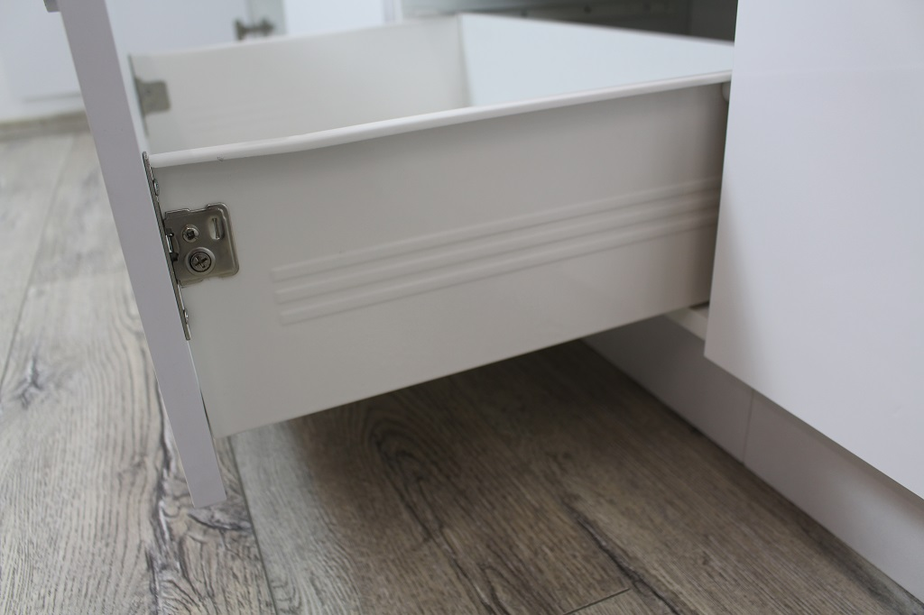 Rohová kuchyňa Vicky - detail zásuvky