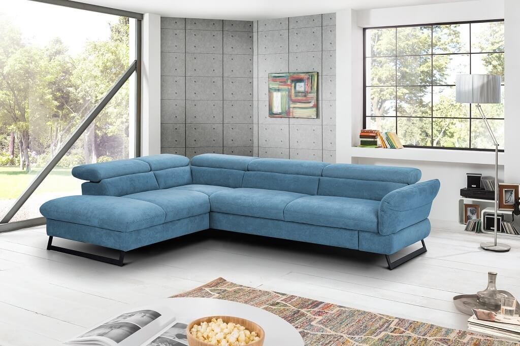 Modrá sedačka Naples v interiéri