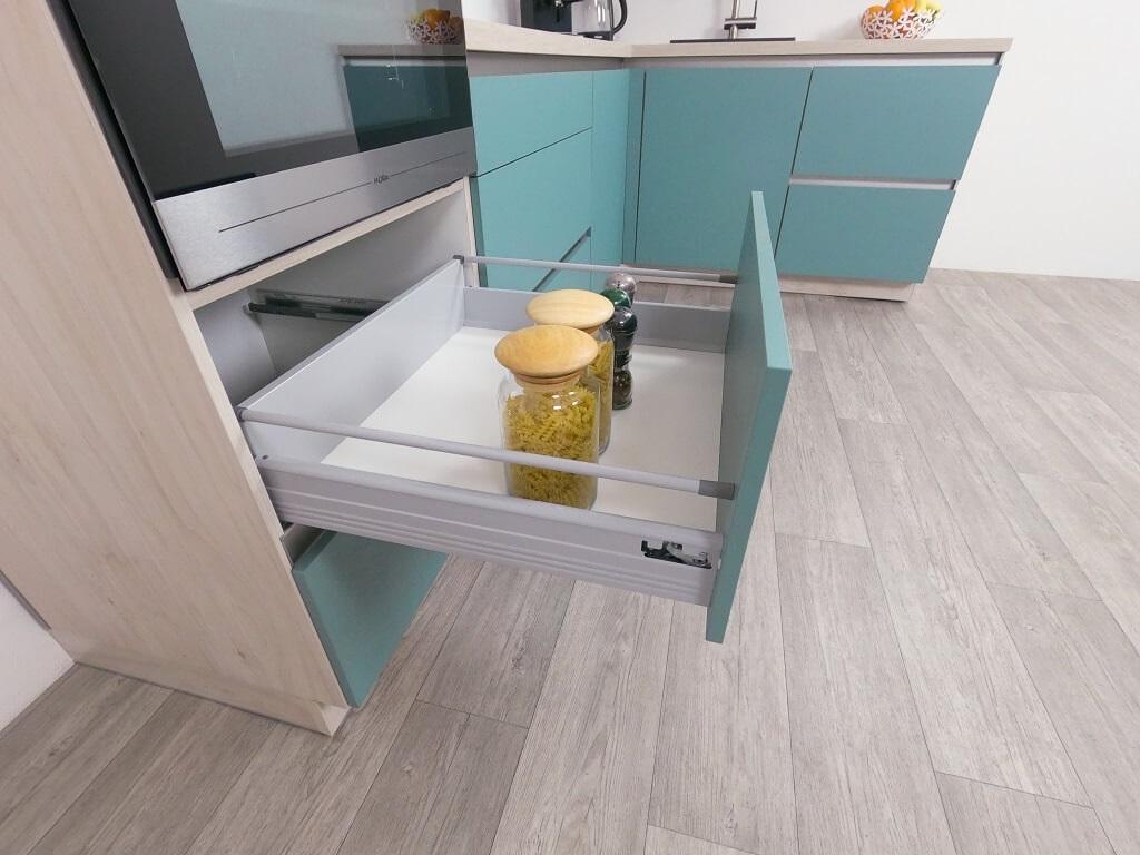 Moderná kuchyňa Eugenie - detail zásuvky
