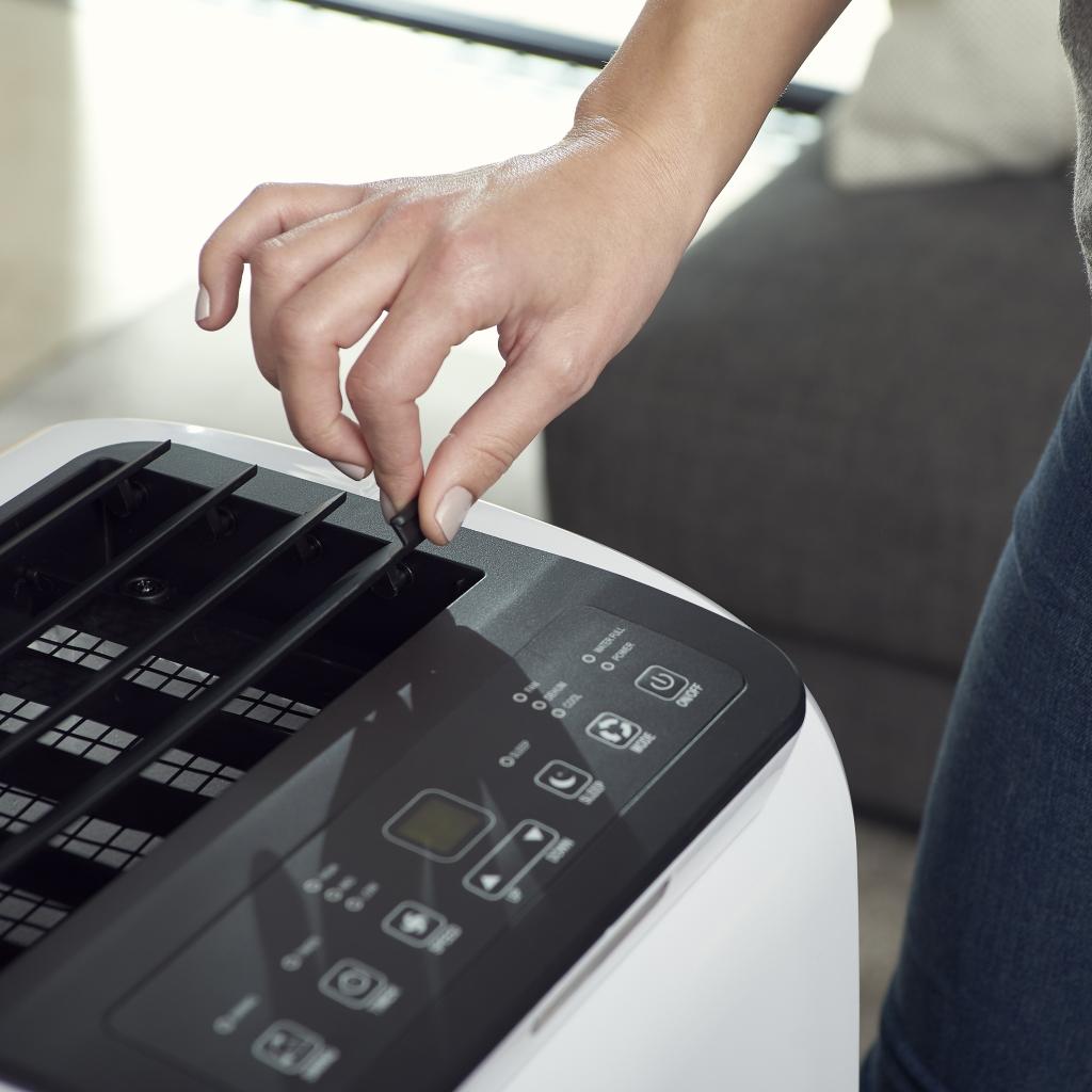 Ovládanie prenosnej klimatizácie Black+Decker BXPAC9000E