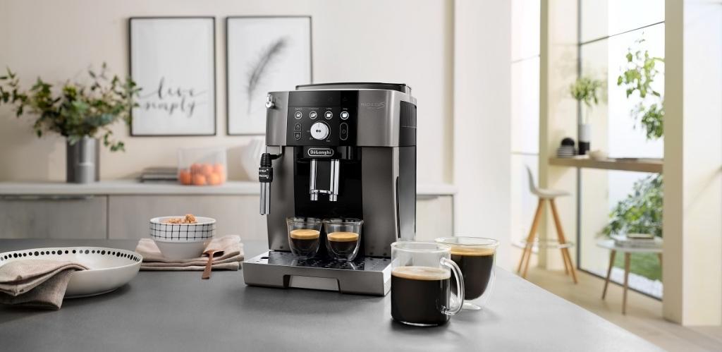 Plnoautomatický kávovar De Longhi ECAM250.33.TB