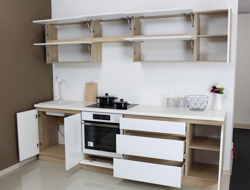 Úložný prostor kuchyně Line