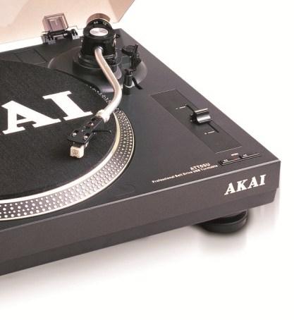 Gramofon Akai TTA05USB