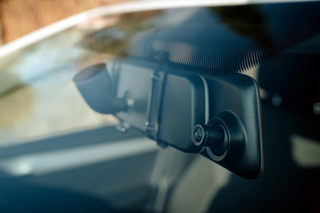 Autokamera Cel-Tec M6s Dual Touch