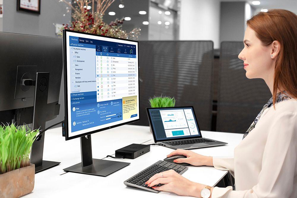 Set klávesnice a myš Dell KM7120W