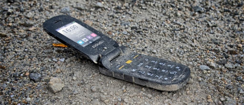 Odolný tlačítkový telefon Evolveo StrongPhone F5