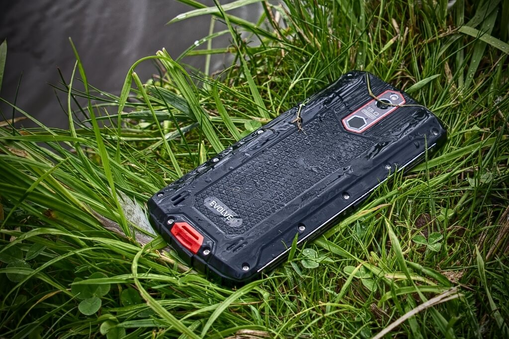 Odolný telefon Evolveo StrongPhone G7