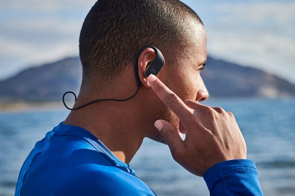 Bezdrôtové slúchadlá do uší JBL