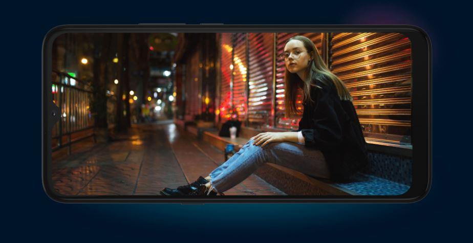 Mobilný telefón Motorola E7