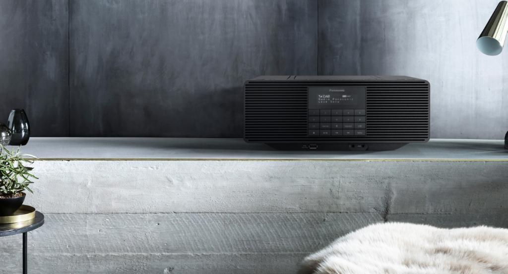 Prenosné rádio Panasonic RX-D70BTEG-K