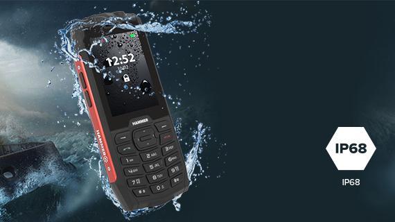 Odolný mobil myPhone Hammer 4