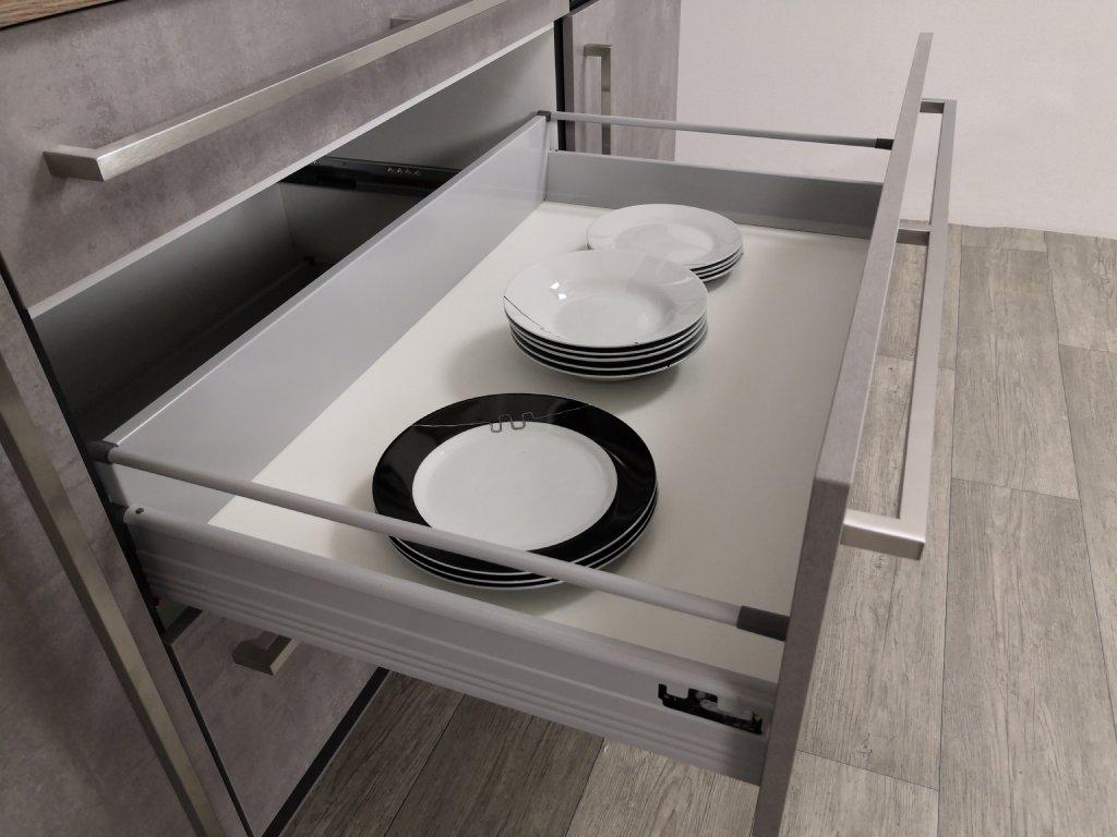 Kuchyně Ute - detail zásuvek
