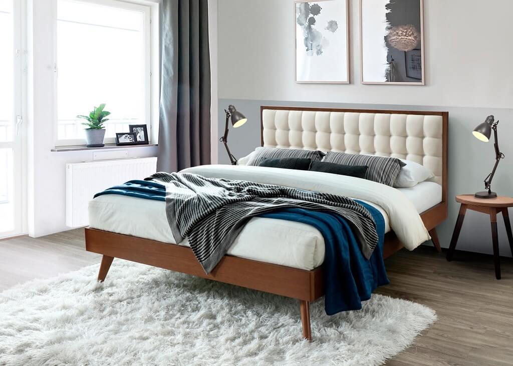Komfortní dřevěná postel Frances
