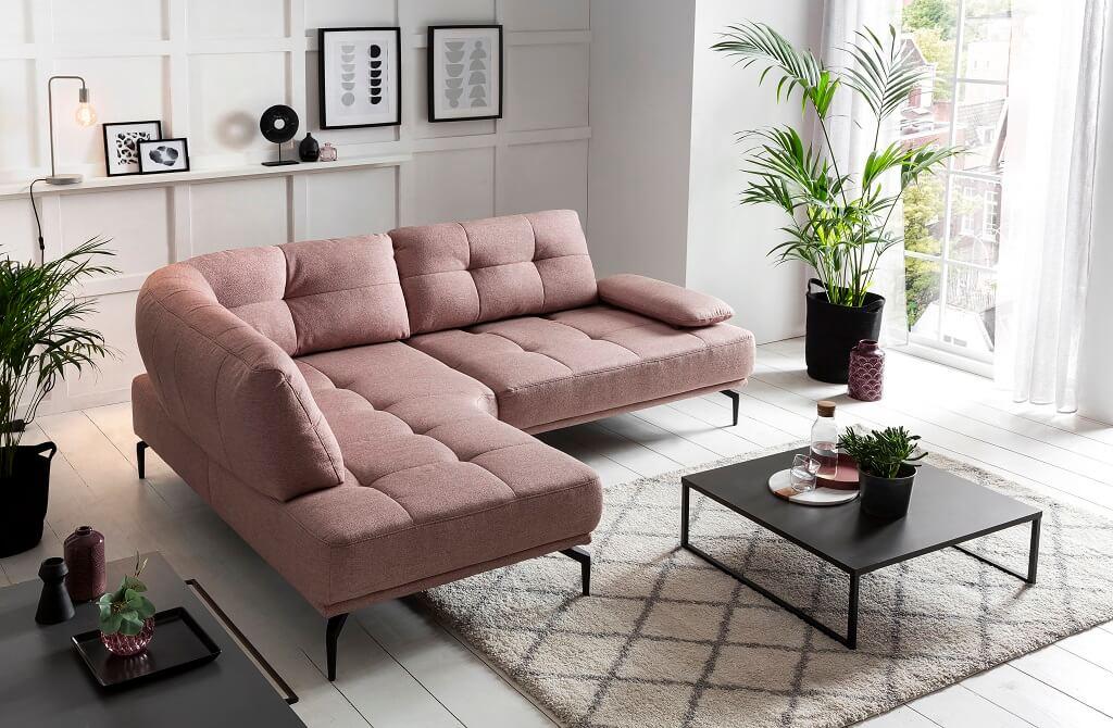 Ružová sedačka Lamon v interiéri