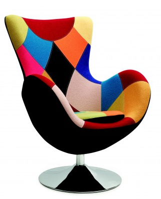 barevné křeslo