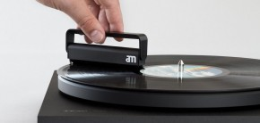 Antistatický kartáč na čištění gramofonových desek