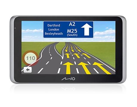 """Auto navigace 2v1 Kamera+GPS Mio MiVue Drive 65 6,2"""", Truck, 140°, 43 zemí, LM"""