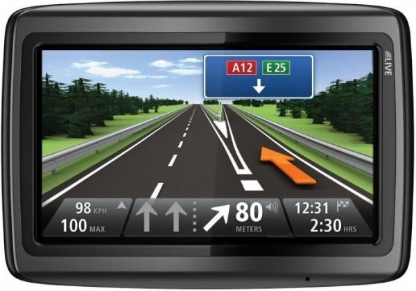 Auto navigace Tomtom VIA 135 Europe Traffic Lifetime ROZBALENO
