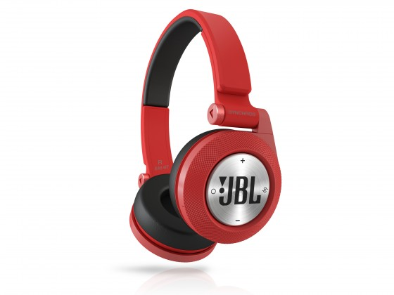 Bezdrátová JBL Synchros E40BT Red
