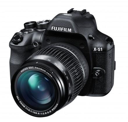 Digitální kompakt FUJIFILM FinePix X-S1