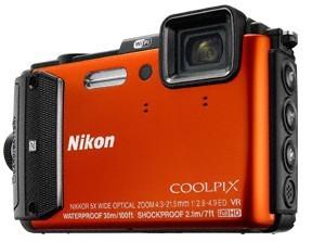 Digitální kompakt Nikon COOLPIX AW130 orange diving kit