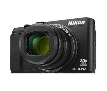 Digitální kompakt Nikon COOLPIX S9900 black + 8 GB SD card