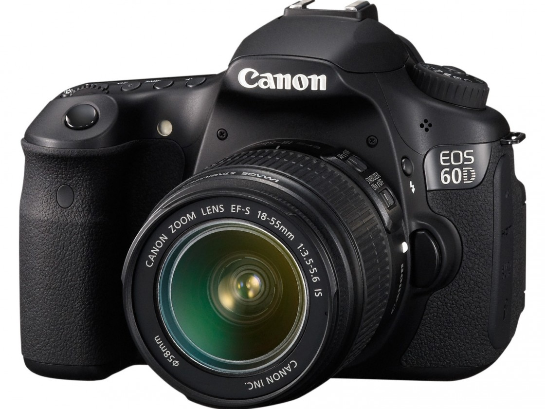 Digitální zrcadlovka Canon EOS 60D + EF 18-55 IS II
