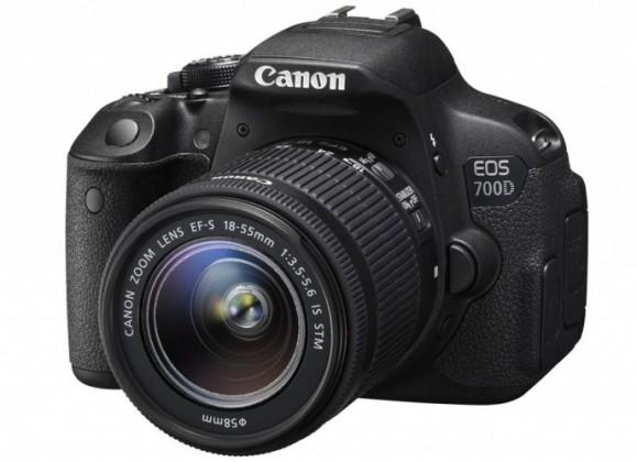 Digitální zrcadlovka Canon EOS 700D Body zrcadlovka 18.0MPix + 18-55mm IS STM+ LP-E8+D