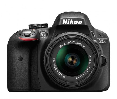 Digitální zrcadlovka Nikon D3300 + 18-105 VR
