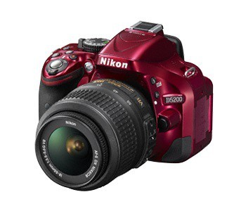 Digitální zrcadlovka Nikon D5200 Red + 18-55 AF-S DX VR II