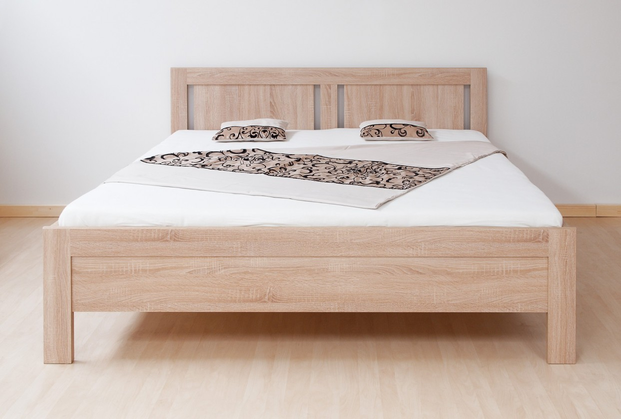 Dřevěná Lucy - postel 200x160 + rošt