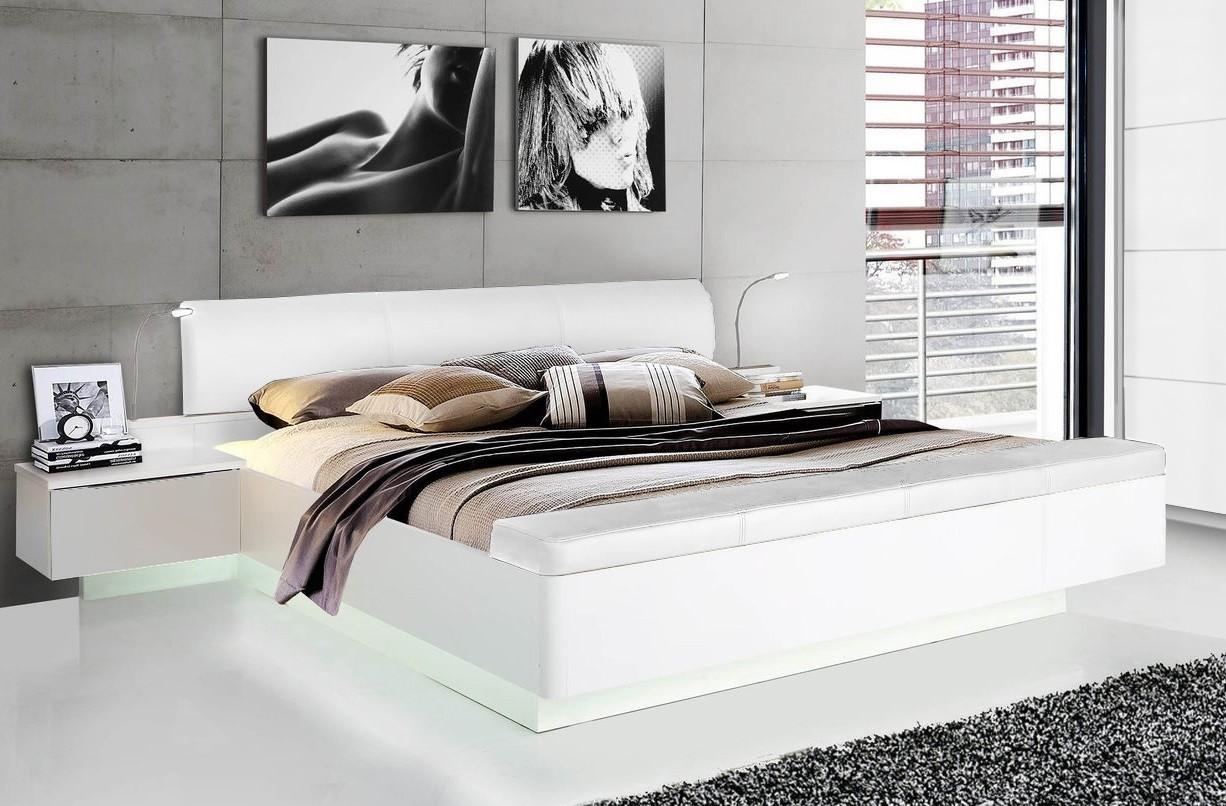 Dřevěná Starlet Plus - Postel 180x200, noční stolky (bílá lesk)