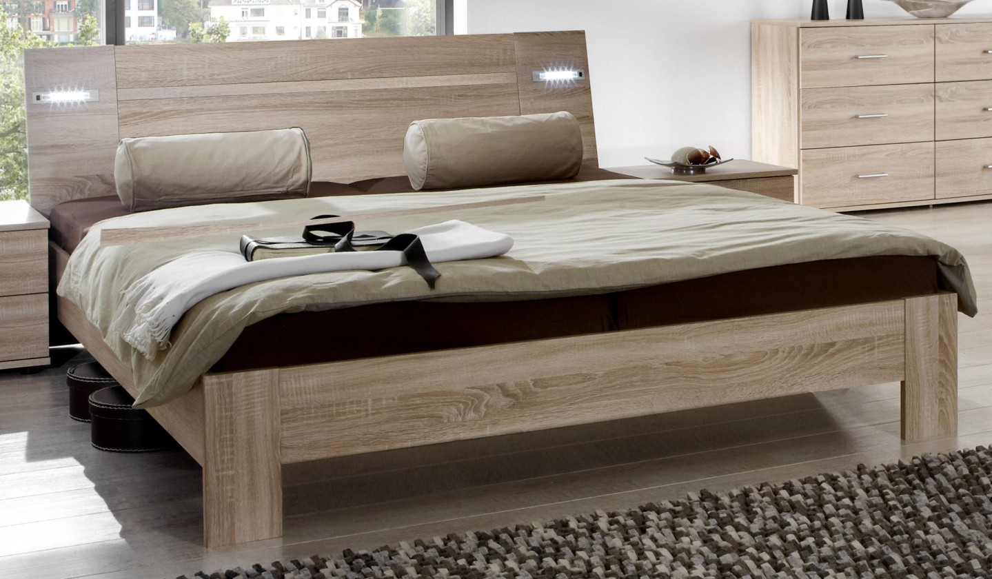 Dřevěná Vicenza - Postel 180x200 cm (dub)