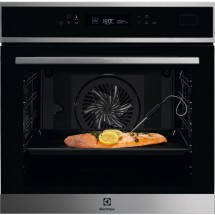 Electrolux Intuit 800 PRO SteamBoost EOB7S31X