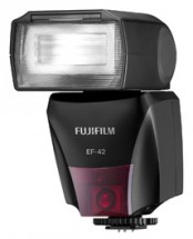 FujiFilm EF-42 TTL blesk