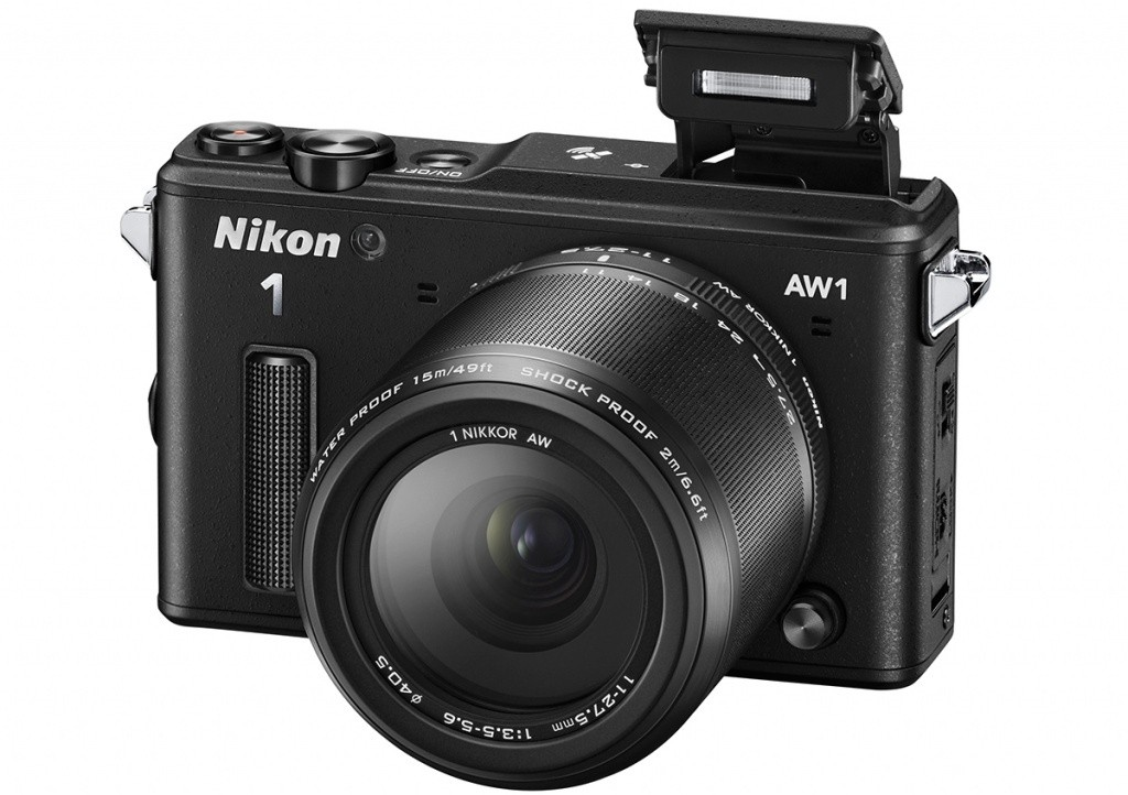 Kompakt s výměnným objektivem Nikon 1 AW1 Adventure kit black