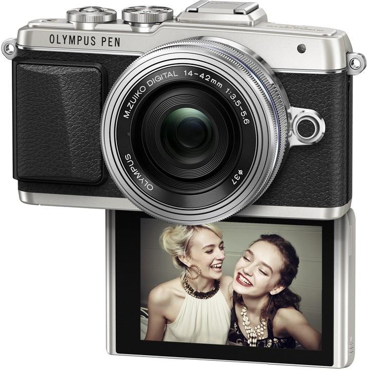 Kompakt s výměnným objektivem Olympus E-PL7 1442 Pancake Zoom Kit slv/slv