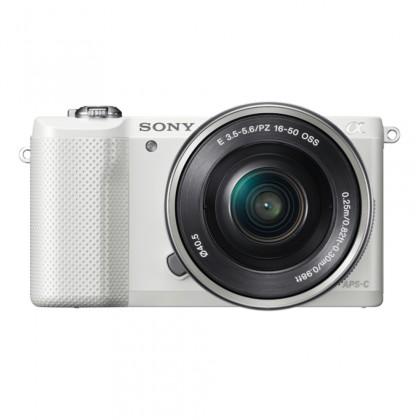 Kompakt s výměnným objektivem Sony Alpha 5000 bílý + objektiv 16-50mm (ILCE5000LW.CEC)