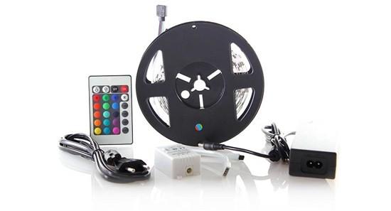 LED osvětlení Solight LED pás, RGB, 3m,adaptér a dálk. ovladač, 7,2W/m,WM55
