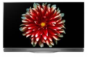 LG OLED55E7N + smartphone Lenovo Moto C