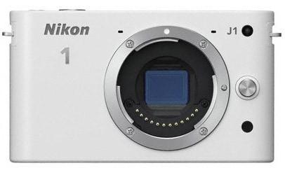 Nikon 1 J1 + 10-30 VR + 10MM/2.8 White