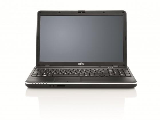 Notebooky Fujitsu Lifebook AH512 (VFY:AH512MPZA2CZ)