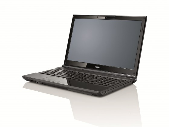 Notebooky Fujitsu Lifebook AH532 (VFY:AH532MPAD2CZ)