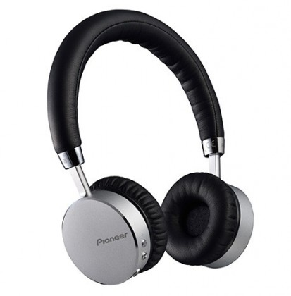 Pioneer sluchátka s BT, stříbrná SE-MJ561BT-S