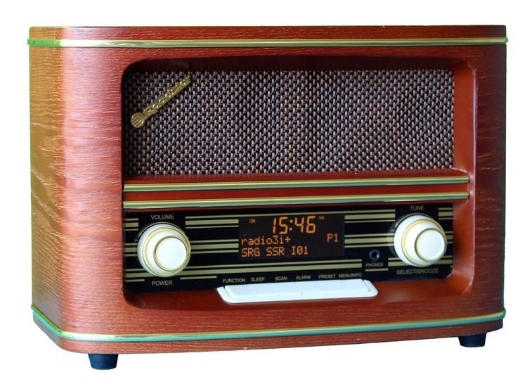 Radiopřijímač ROADSTAR HRA-1500D+ POUŽITÉ, NEOPOTŘEBENÉ ZBOŽÍ