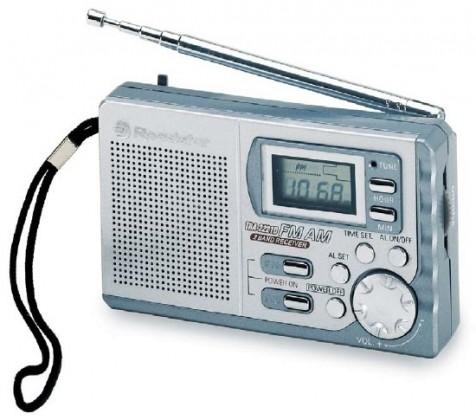 Radiopřijímač Roadstar TRA2221D