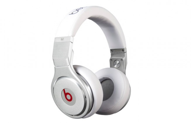 Sluchátka přes hlavu Beats By Dr. Dre Beats PRO, bílá - MH6Q2ZM/A